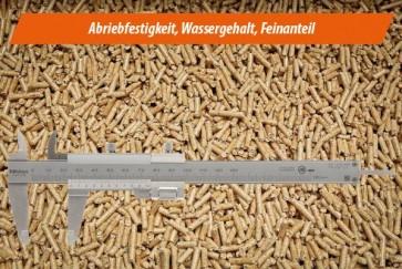 Analyse II b - Pellets ENplus/DINplus mit ausgewählten Parametern: Festigkeit, Wassergehalt, Feinanteil
